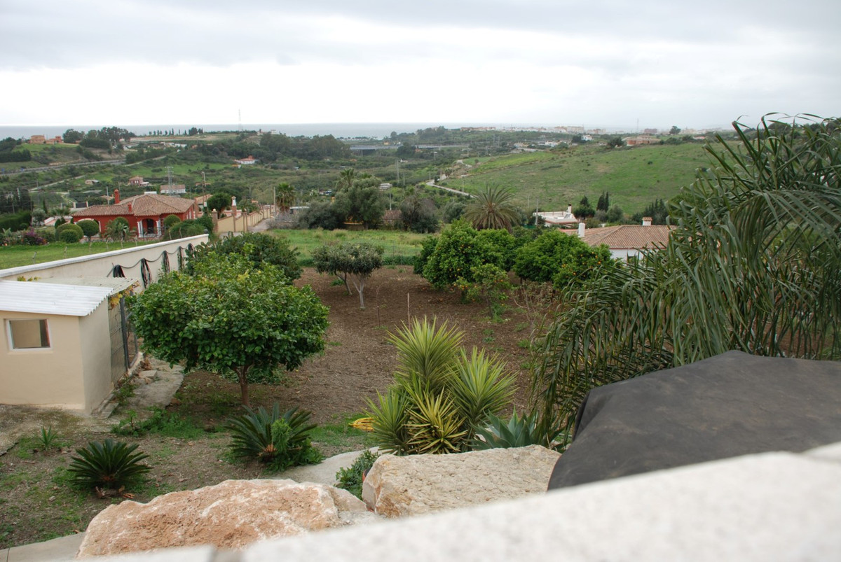House in Estepona R2598008 59