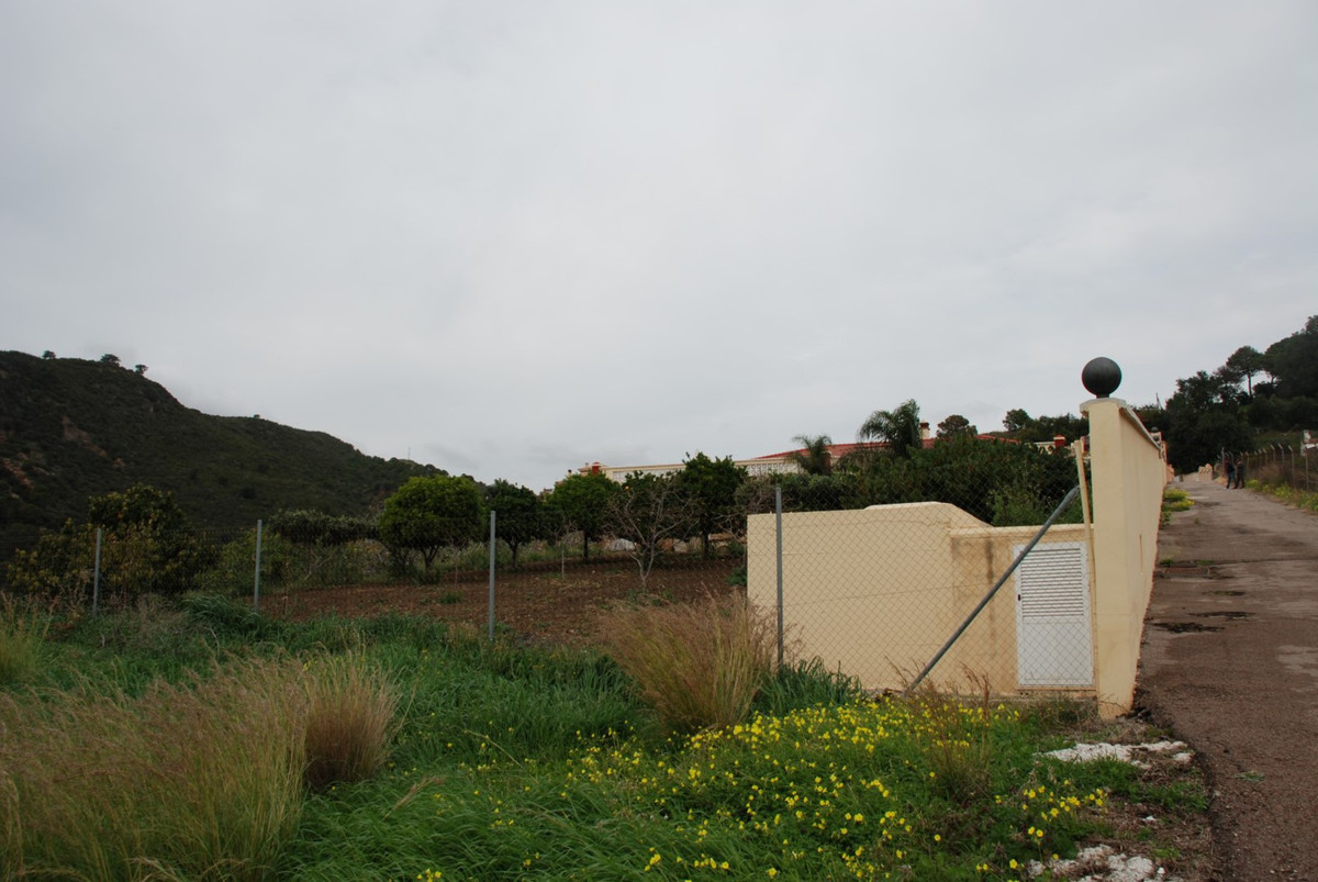 House in Estepona R2598008 63