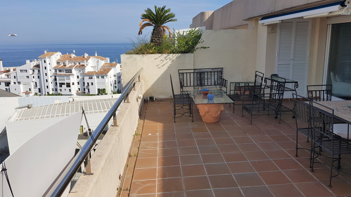Penthouse in Puerto Banús R3416296