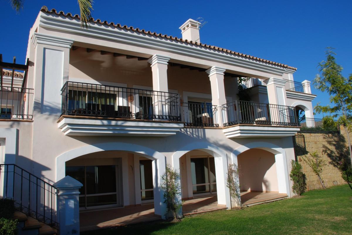 House in Benahavís R2759675 11