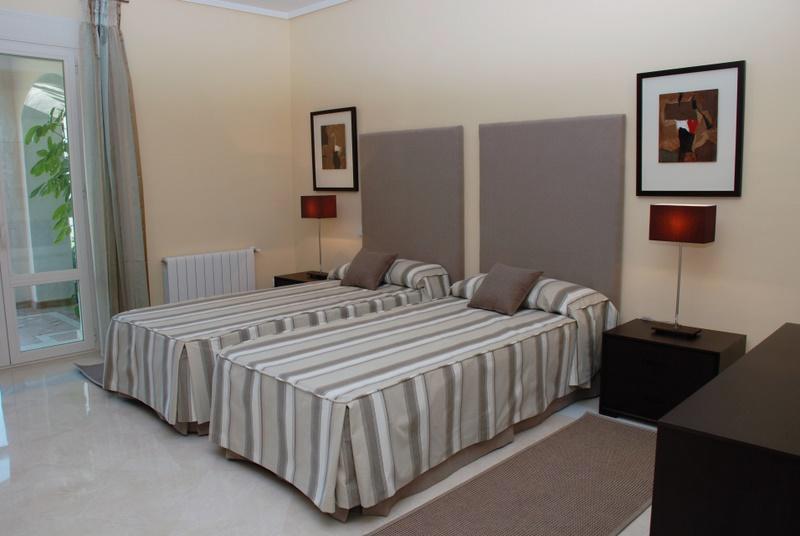 House in Benahavís R2759675 7