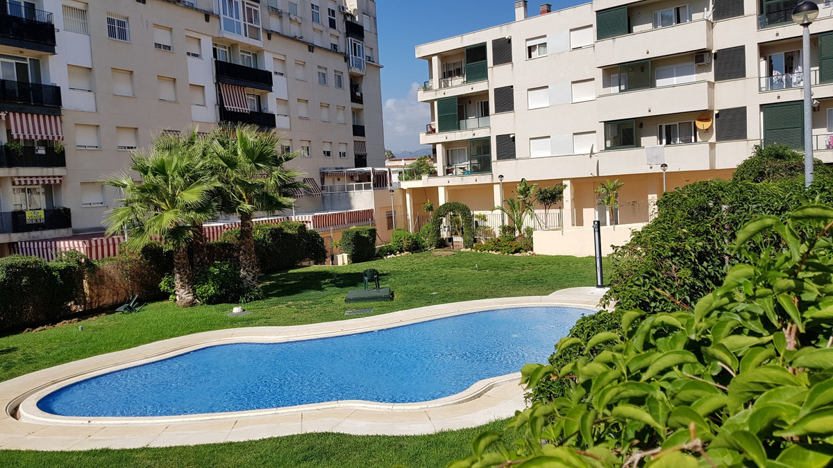 Beautiful and bright apartment in Nueva Andalucia, Marbella. The apartment consists of 3 bedrooms, 2,Spain