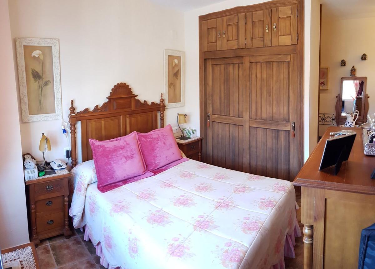 Apartamento con 3 Dormitorios en Venta La Campana