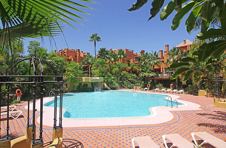 Luxury apartments in one of the most sought residential complexes in Marbella. Surface area from 220,Spain