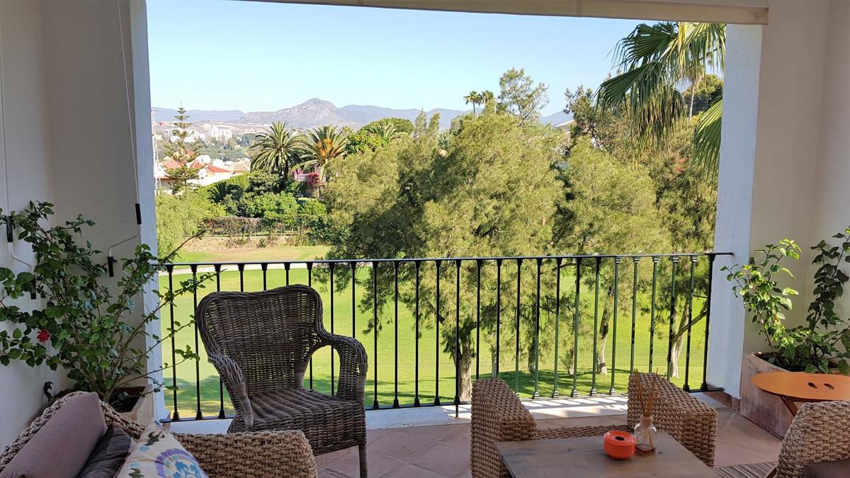 Wonderful penthouse in the urbanization Terrazas de Guadalmina in Marbella. It is a splendid propert,Spain
