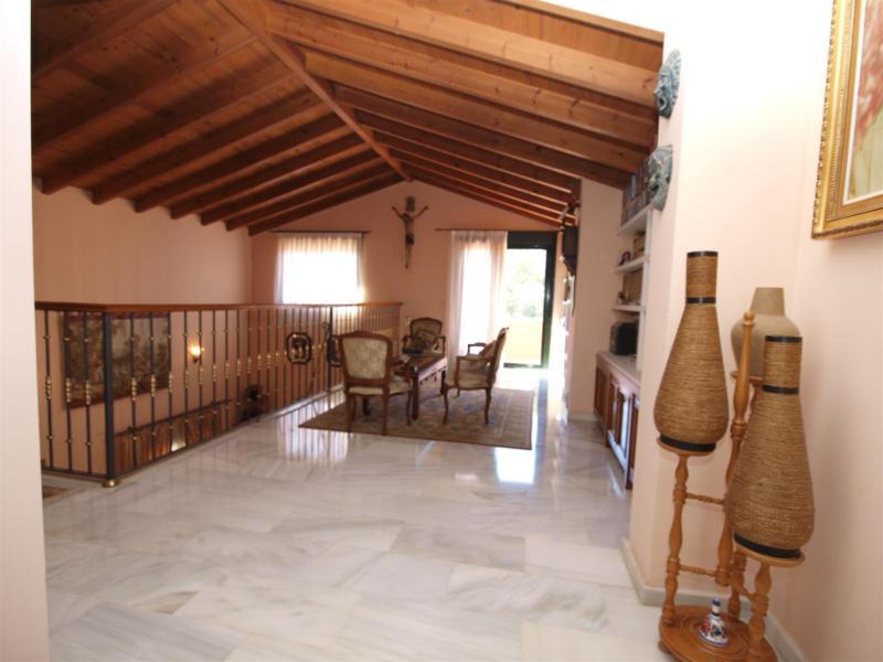 House in Atalaya R2395721 10