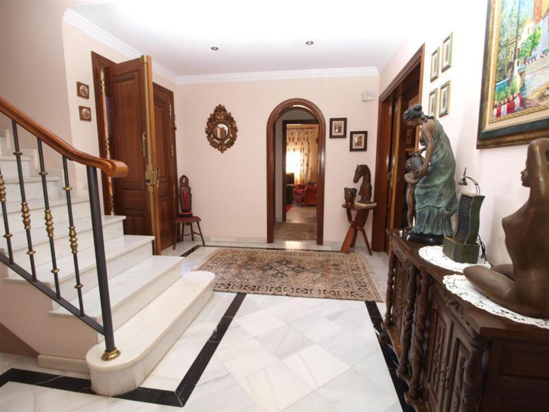 House in Atalaya R2395721 4