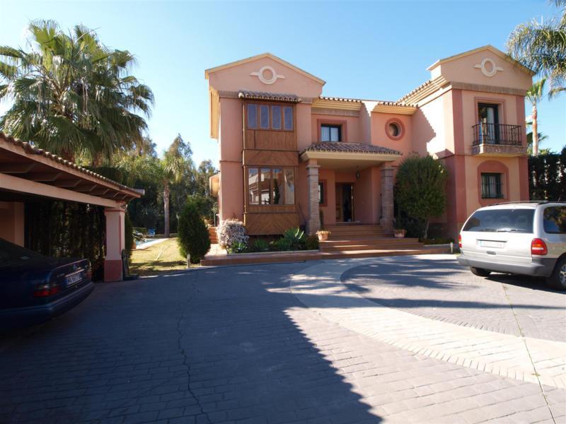 House in Atalaya R2395721 44