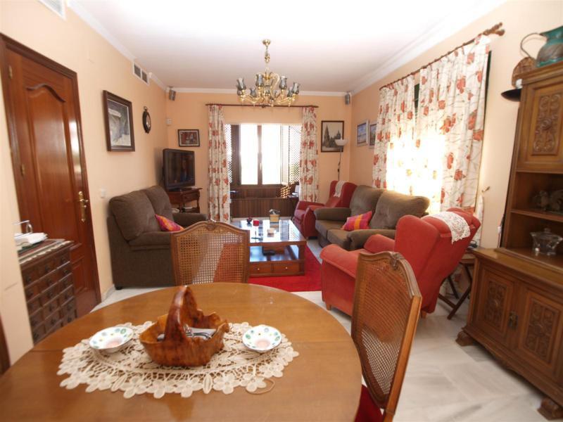 House in Atalaya R2395721 6