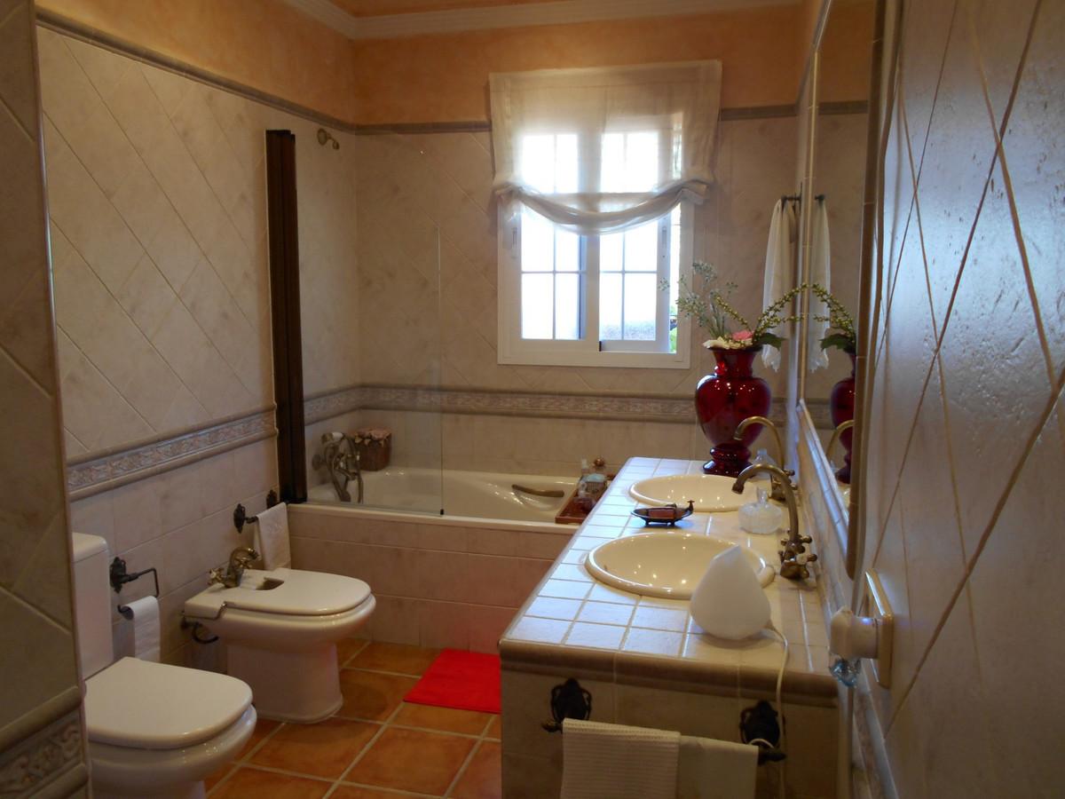 3 Bedroom Townhouse for sale La Campana