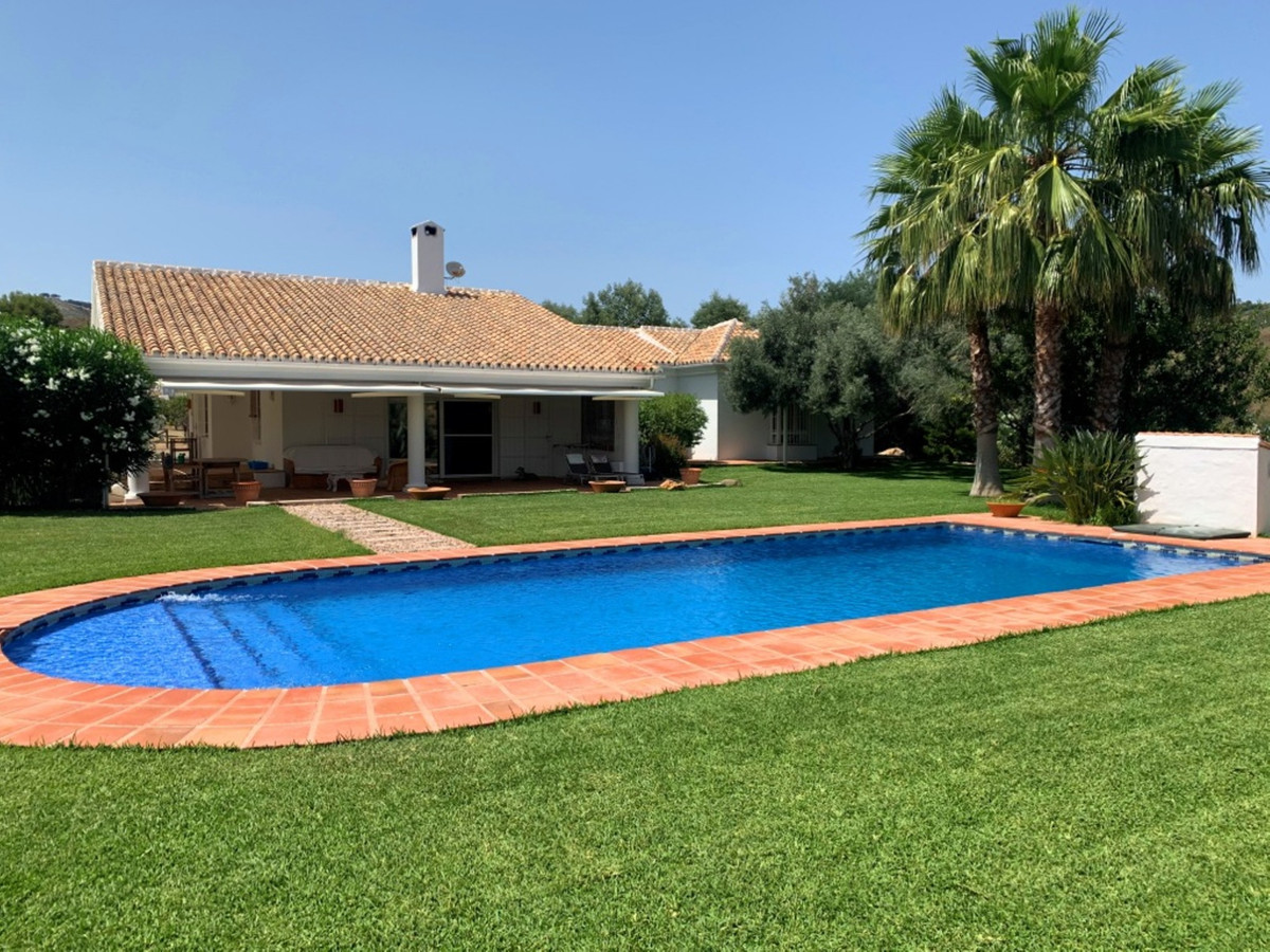 Villa  Finca for sale   in Mijas