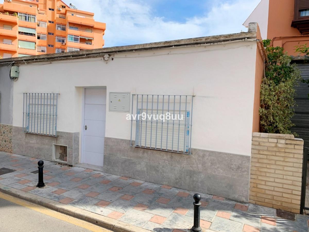 2 Bedroom Bungalow For Sale Fuengirola, Costa del Sol - HP3619112
