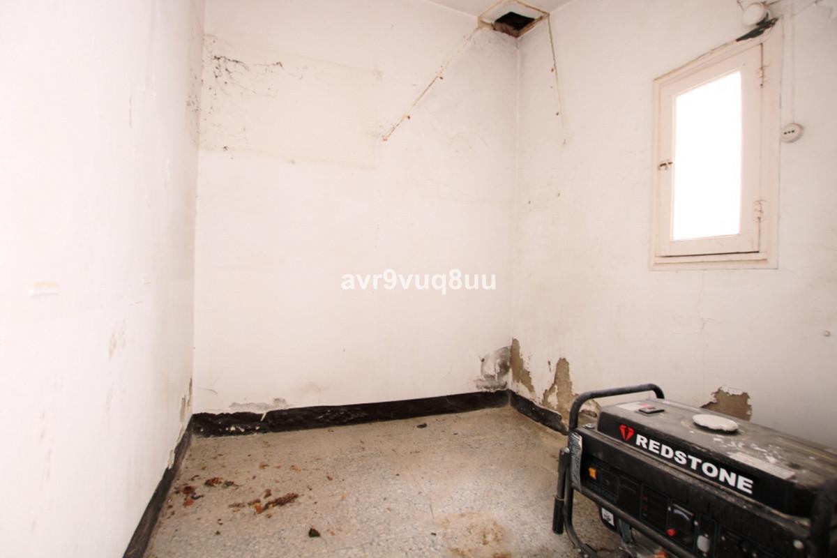 House in Fuengirola R3619112 8
