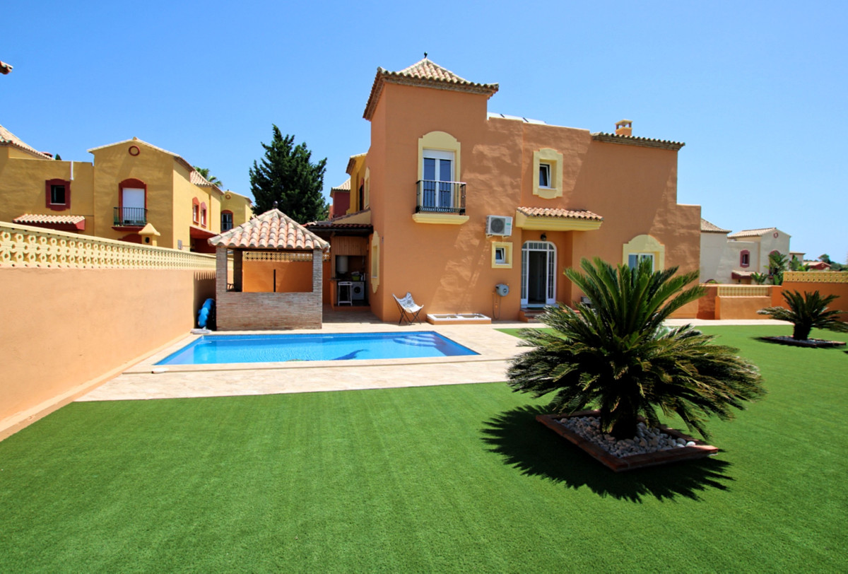 A great opportunity to own a very large and comfortable family home, situated just a stone's th,Spain