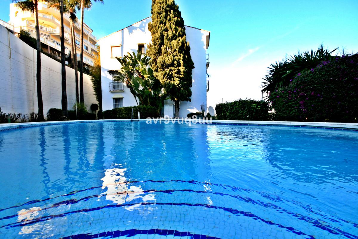 Views Views Views! This is super 2 bedroom property has the most amazing panoramic sea views, the ki,Spain