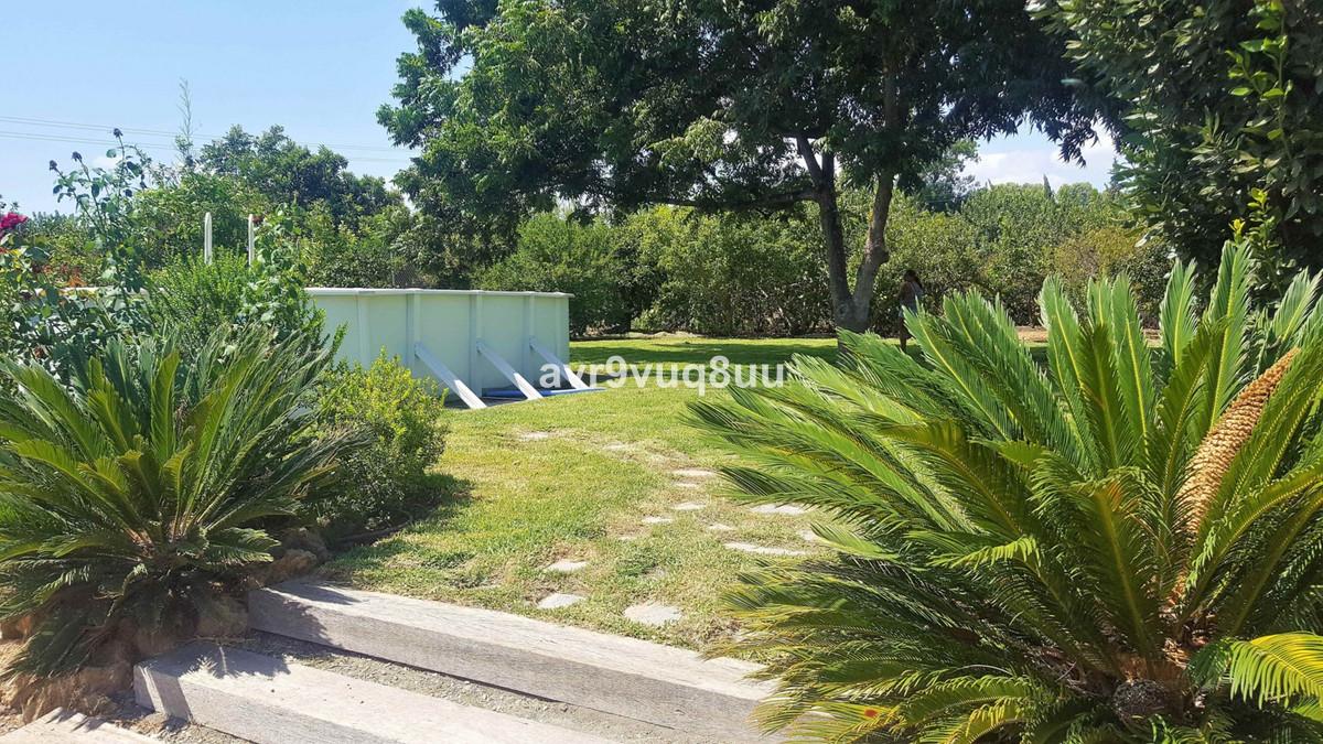 Plot  Residential for sale   in Coín