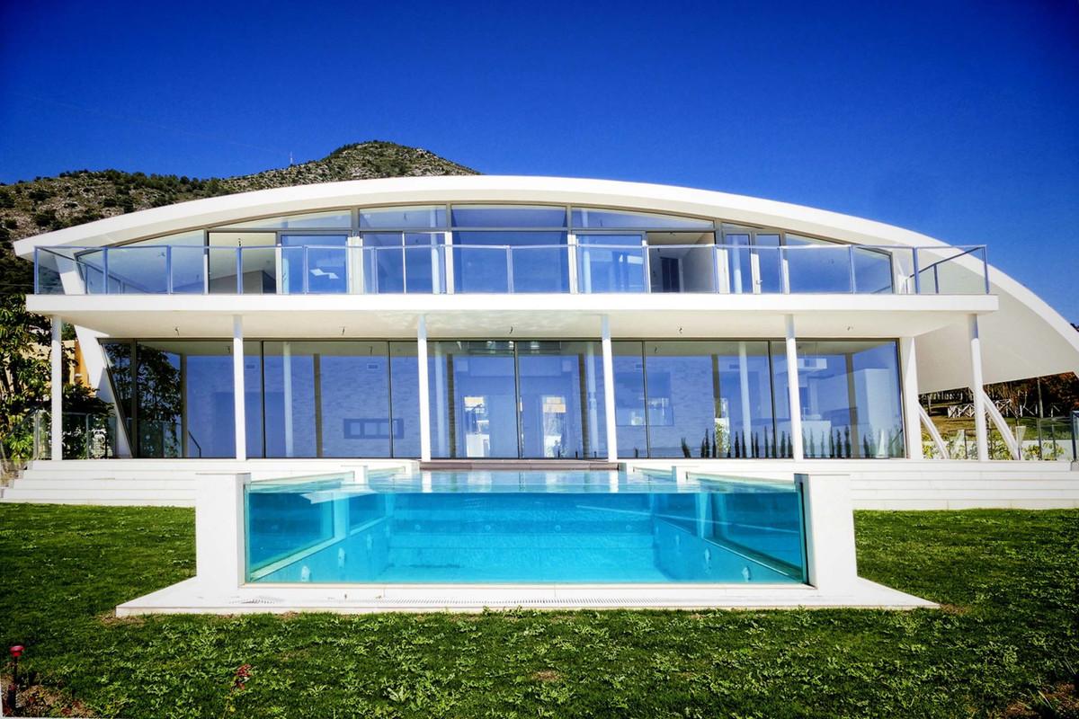 5 bedroom villa for sale benalmadena