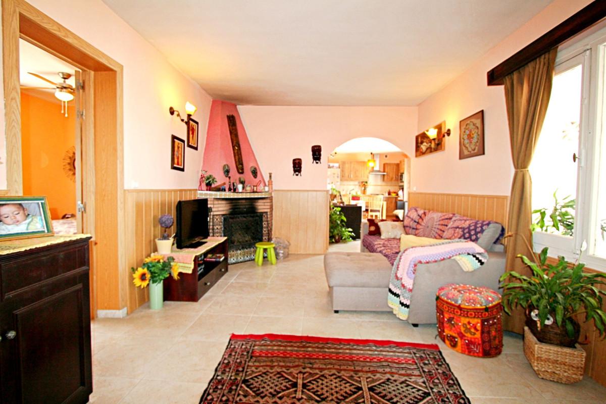 House in Fuengirola R3457300 13