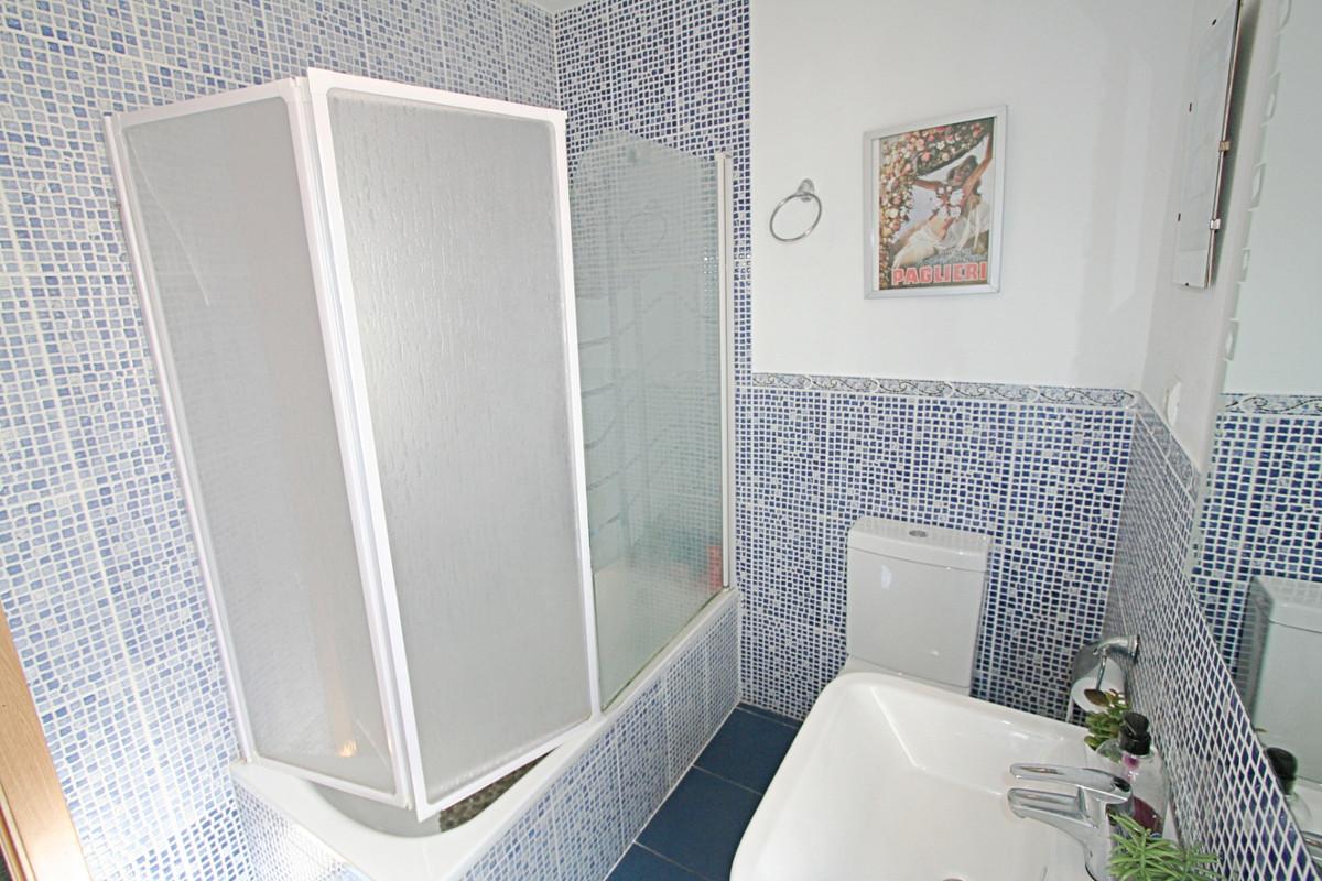 House in Fuengirola R3457300 21