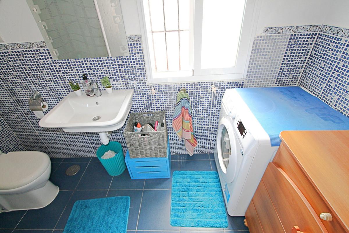 House in Fuengirola R3457300 25
