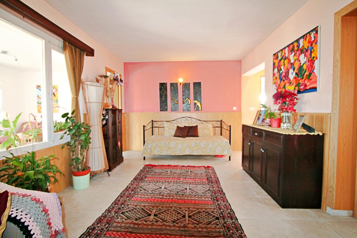 Hus in Fuengirola R3457300 4