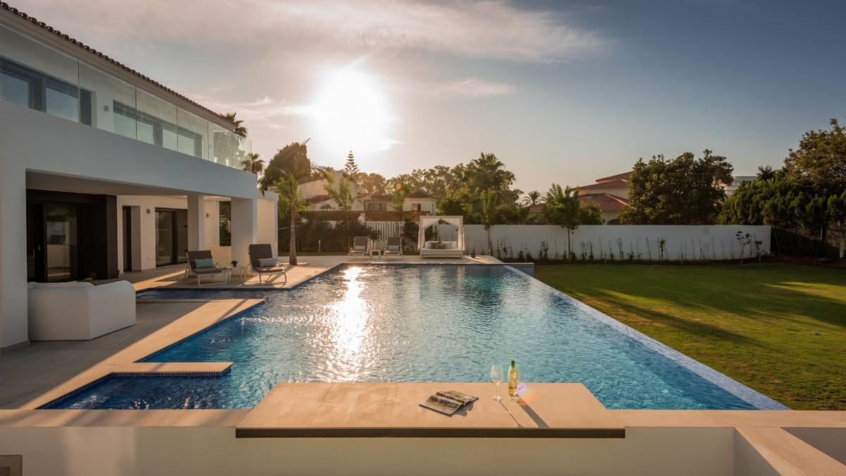 House in Guadalmina Baja R3198181 18