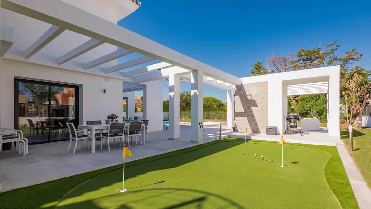 House in Guadalmina Baja R3198181 5