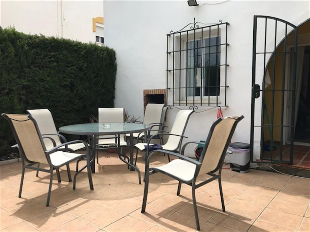Maison Jumelée  Mitoyenne en vente   à Casares Playa
