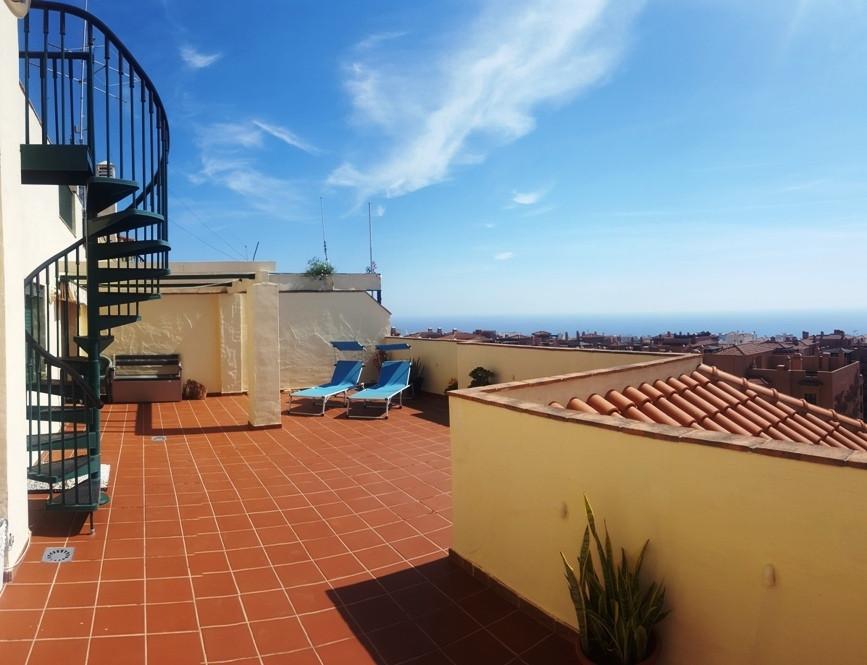UNBEATABLE PENTHOUSE FOR SALE!!!! AMAZING VIEWS !!!! penthouse for sale in the area of Arroyo de La ,Spain