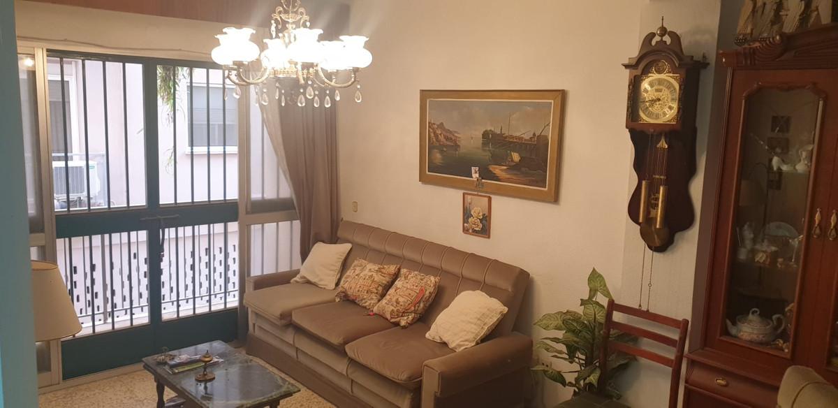 HISTORIC CENTER!!!! NEXT TO THE PLAZA DE LA MERCED !!! Apartment for sale behind the Plaza de la Mer,Spain