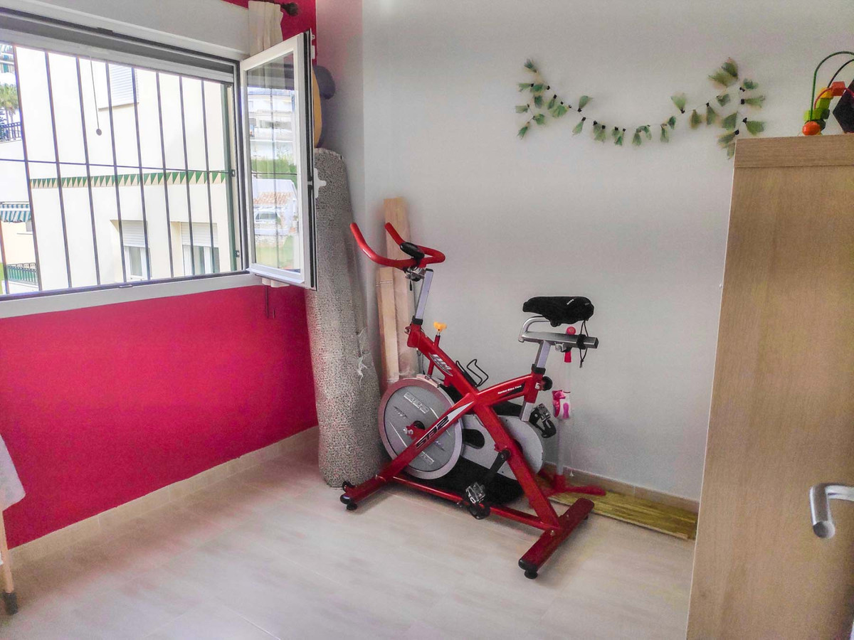 Apartment Middle Floor in Cerros del Aguila, Costa del Sol