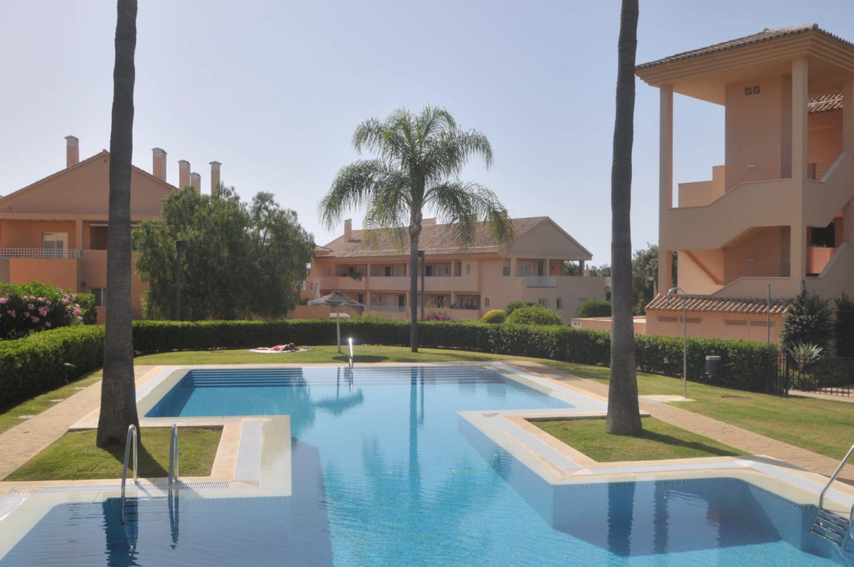 Spacious 3 bed corner apartment is located in Los Jardines de Santa Maria Golf with its beautiful la,Spain