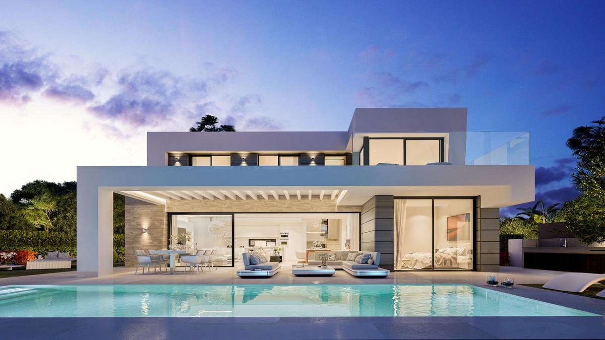 Detached Villa for sale in Cabopino R3604943