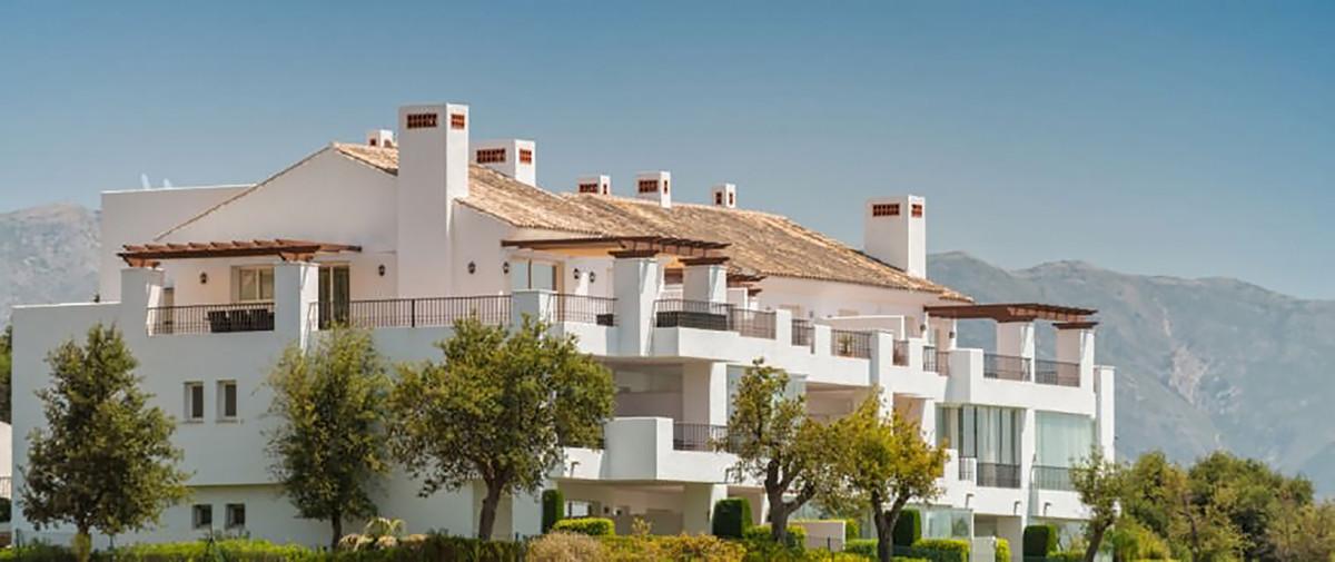 Ground Floor Apartment for sale in La Mairena R3700844