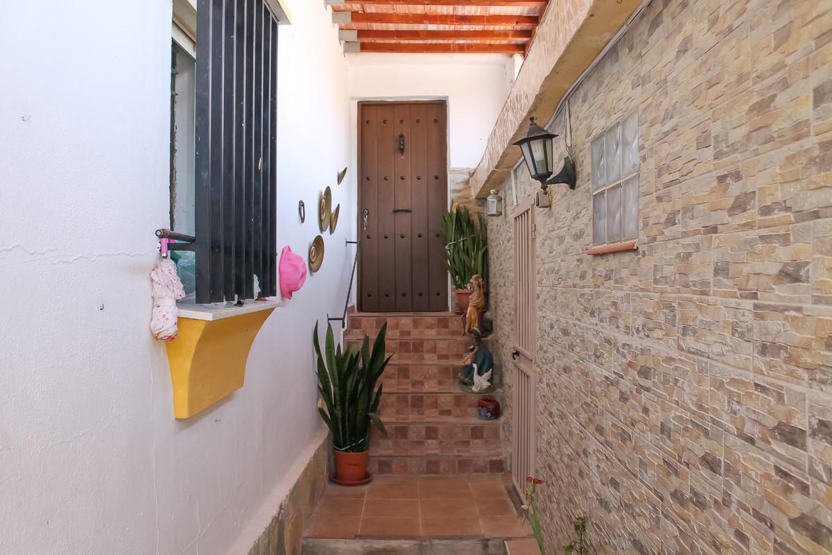 House in Alhaurín de la Torre R3874507 15