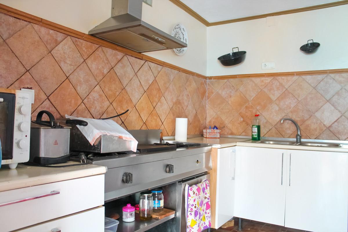House in Alhaurín de la Torre R3874507 5