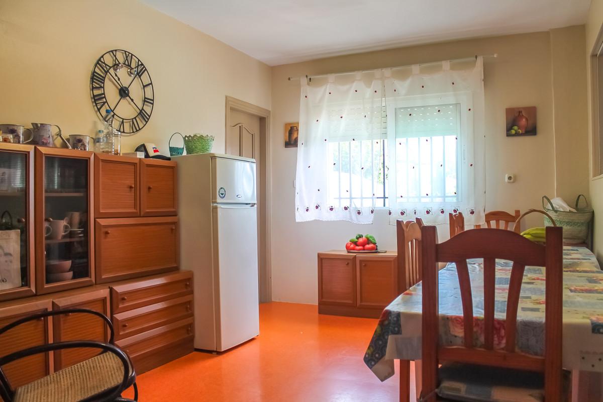 House in Alhaurín de la Torre R3874507 6