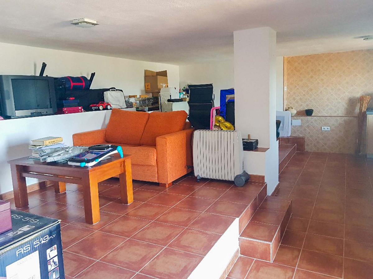 4 Bedroom Villa For Sale, Alhaurín de la Torre