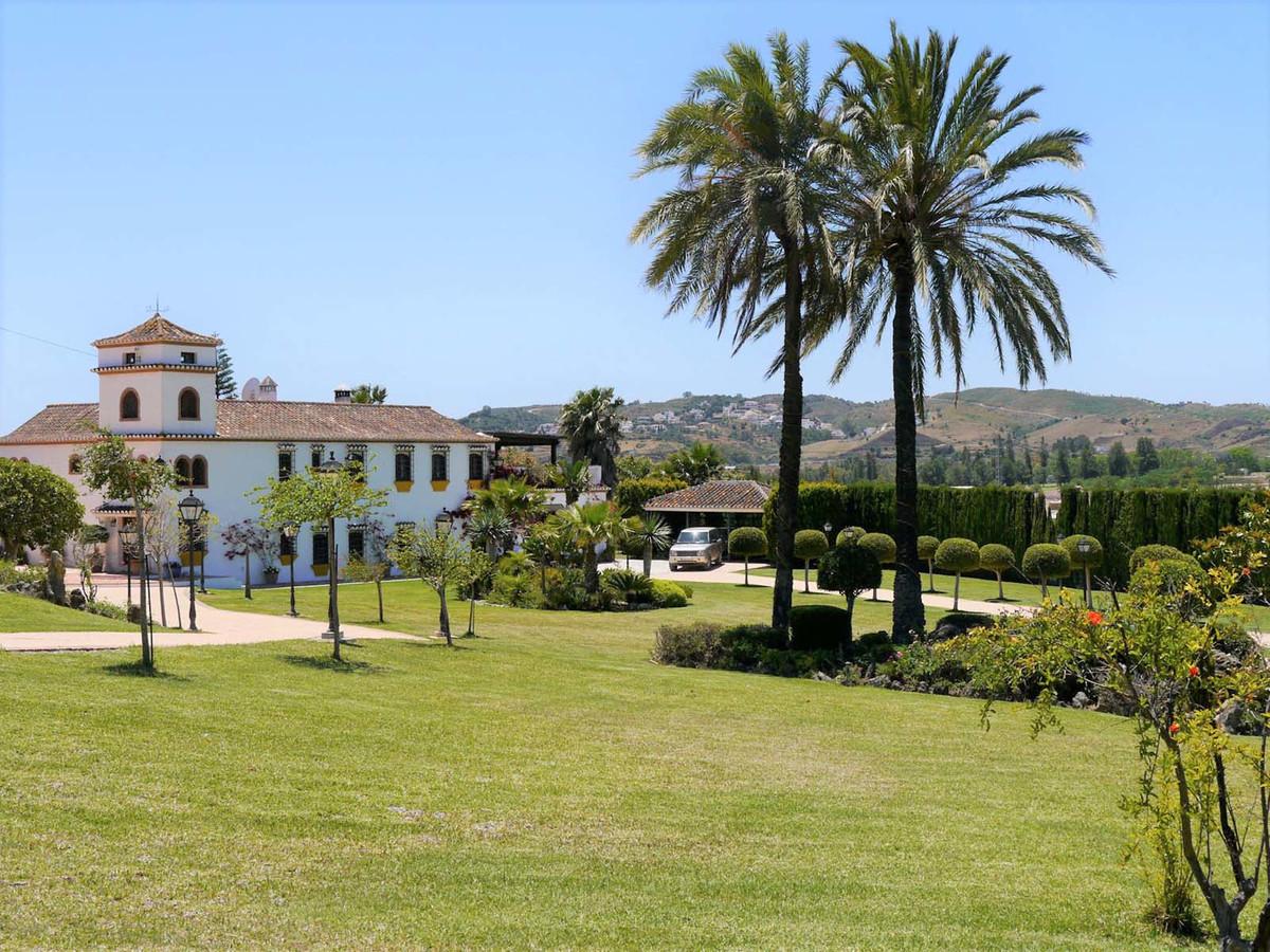 Detached Villa for sale in Mijas Golf R3376171