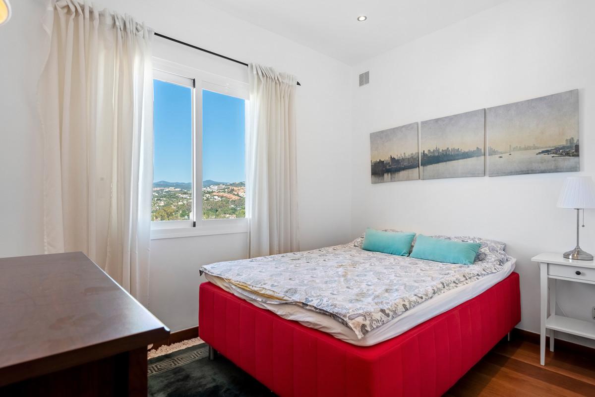 Rijhuis te koop in Nueva Andalucía R3846682