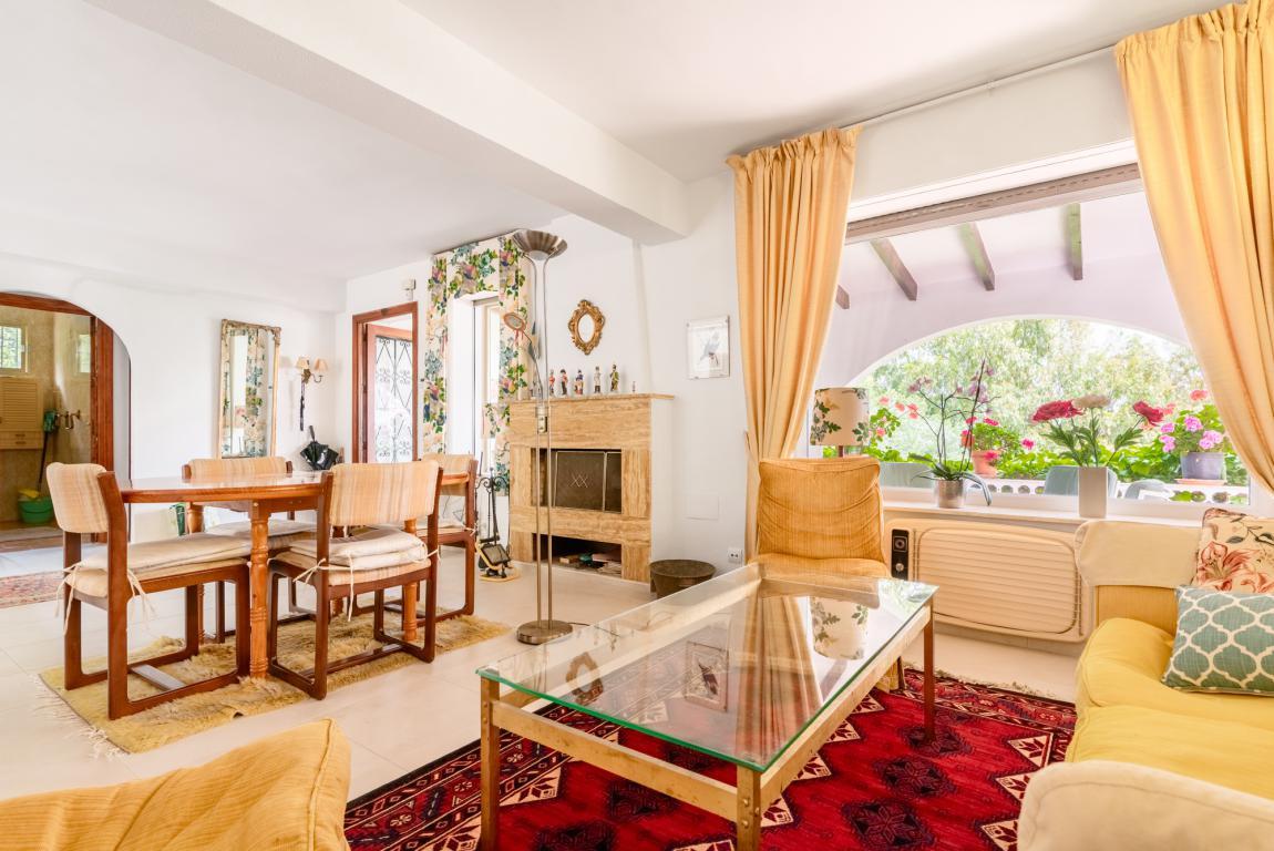 Ref: R3191167 3 Bedrooms Price 595,000 Euros