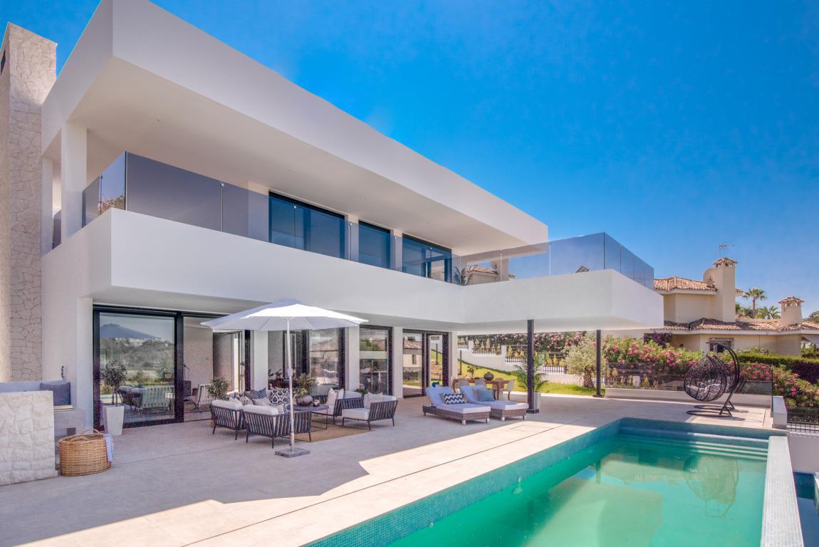 Villa For sale In Nueva andalucía - Space Marbella