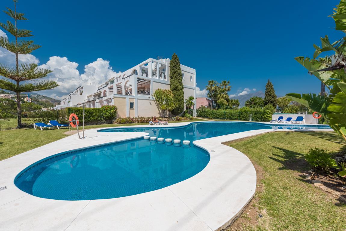 Apartment for sale in La Quinta - Benahavis Apartment - TMRO-R3198625