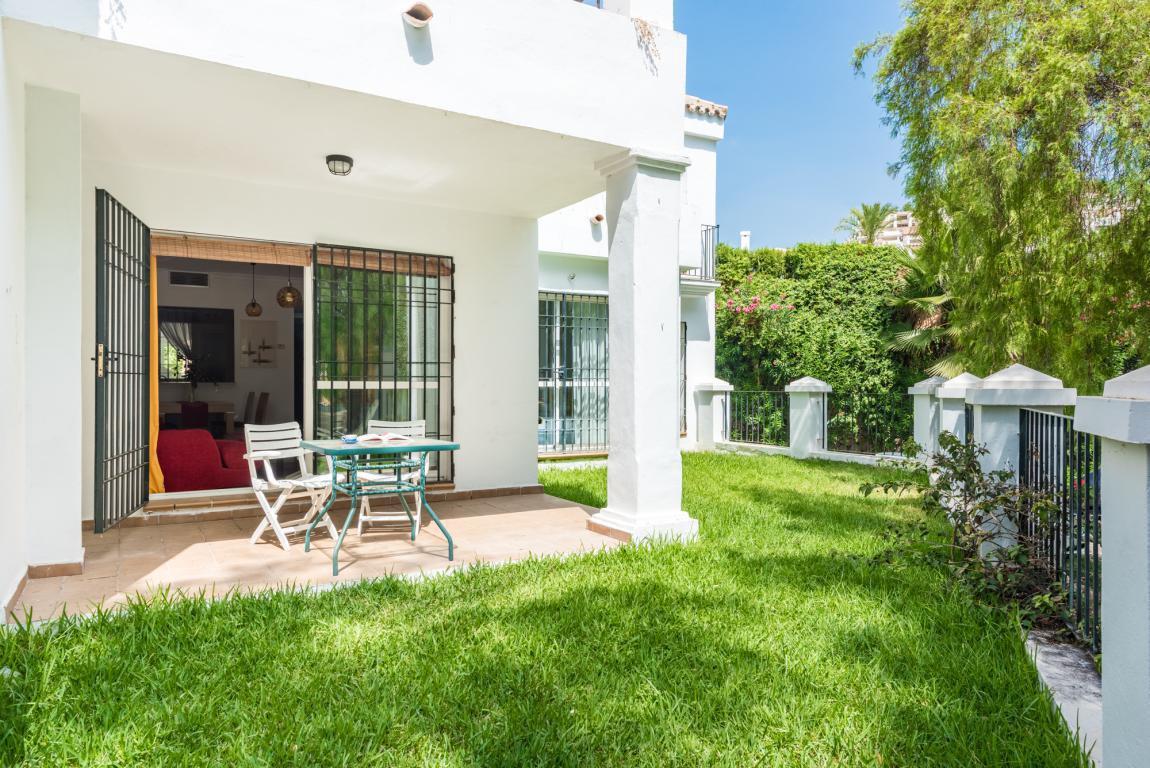 Ground Floor Apartment for sale in Nueva Andalucia - Nueva Andalucia Ground Floor Apartment - TMRO-R2897675