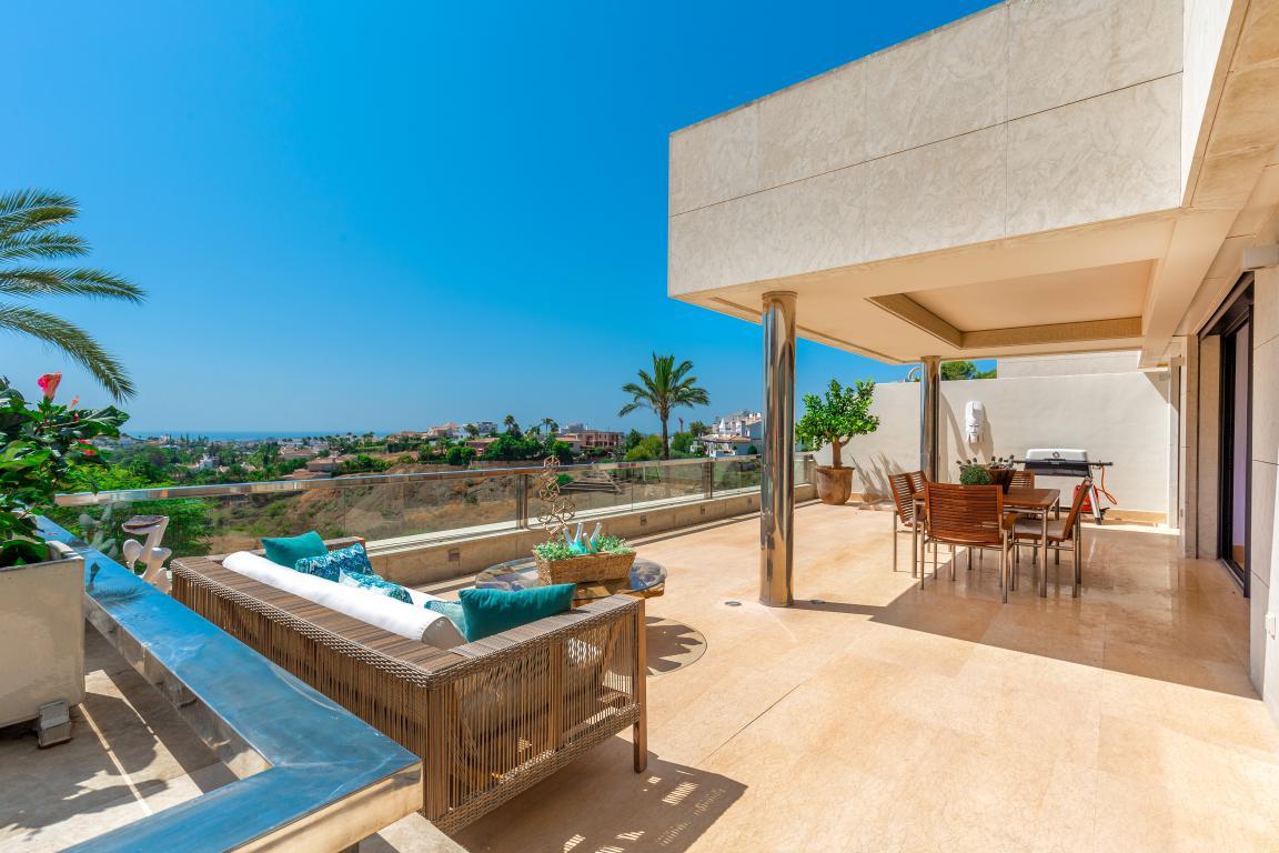 Apartment for sale in Nueva Andalucia - Nueva Andalucia Apartment - TMRO-R3254131