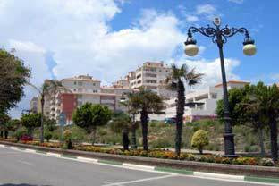 Garage space for sale in safe secure apartment block, adjacent to the Estepona Port area. In elevate,Spain