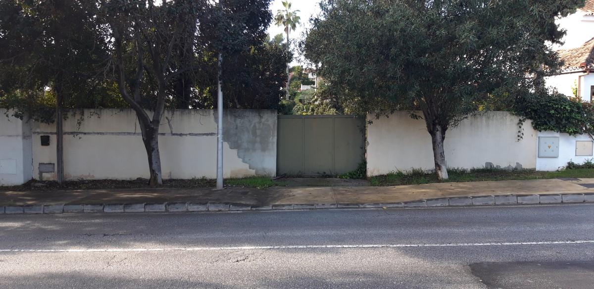 {variable.propertyType} · Nueva Andalucía