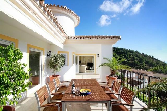Villa te koop in Mijas R2142638