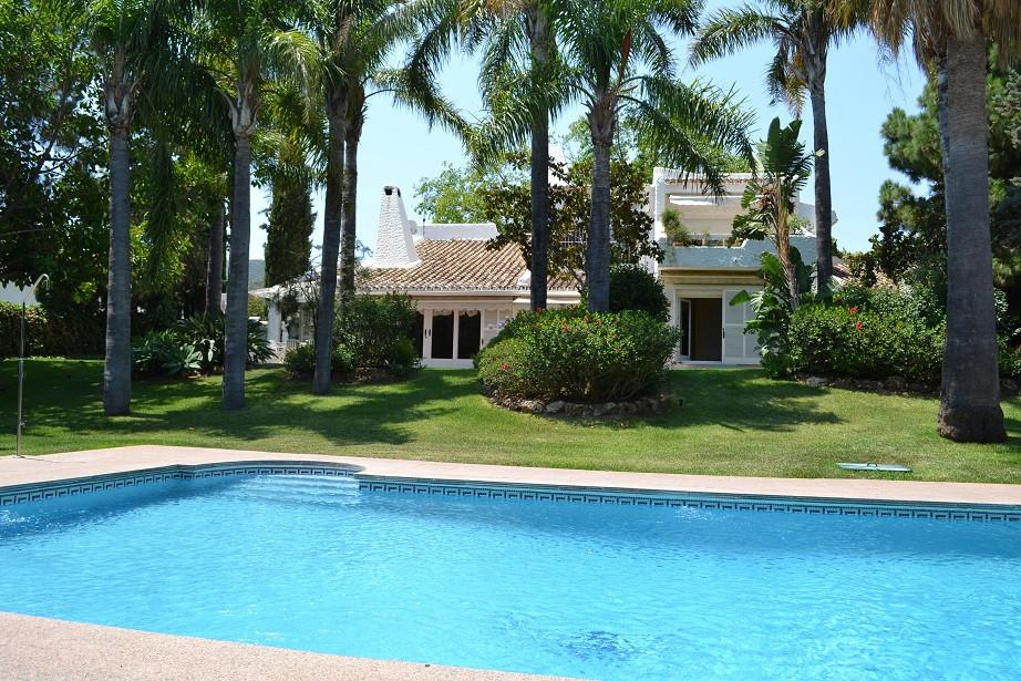 Detached Villa for sale in Marbella R2845637