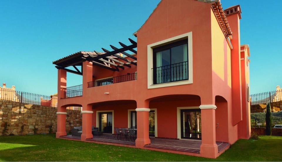 House in Estepona R3432706 2